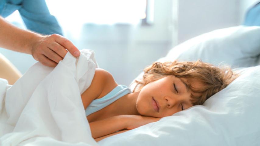 Dormir solo niños